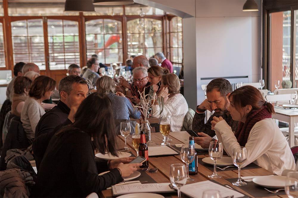 Salon Can Veris restaurante mediterraneo braseria san cugat